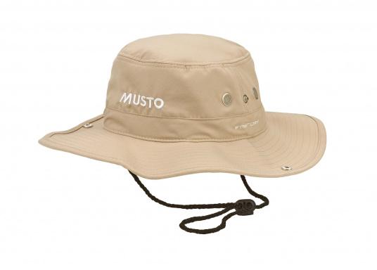 Ce chapeau MUSTO est parfait pour vous protéger du soleil. Il peut être replié sur les côtés et protège la nuque du soleil.  (Image 1 de 2)
