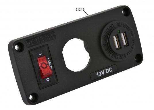 Grâce aux doubles prises USB BLUE SEA vous pouvez charger deux appareils à la fois (smartphone et tablette).  (Image 7 de 8)