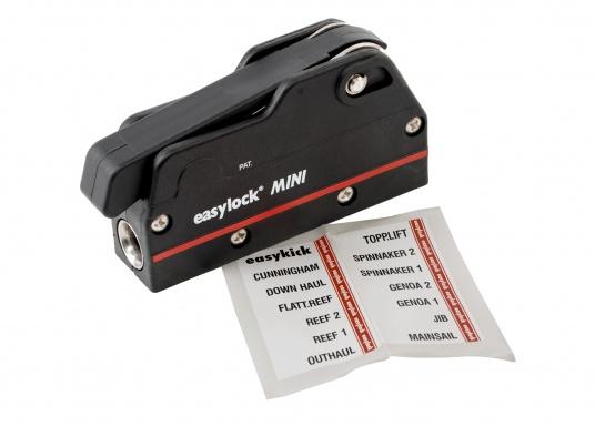 Le bloqueur easylock Mini permet de reprendre la tension sur la manoeuvre sans avoir à l'ouvrir. Pour cordage de 6 à 10 mm et bateau jusqu'à 32 pieds. Charge de travail max : 450 kg  (Image 9 de 9)