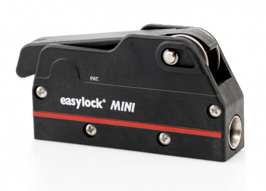 Le bloqueur easylock Mini permet de reprendre la tension sur la manoeuvre sans avoir à l'ouvrir. Pour cordage de 6 à 10 mm et bateau jusqu'à 32 pieds. Charge de travail max : 450 kg  (Image 5 de 9)