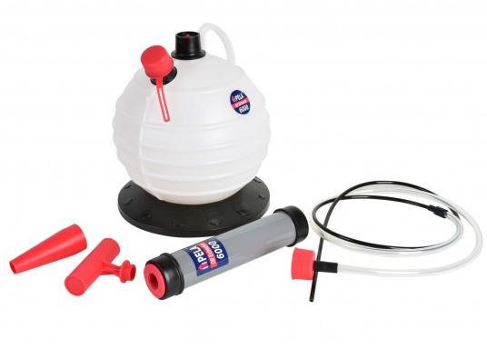 Cette pompe très pratique est idéale pour les utilisations à la maison et à bord.  (Image 7 de 7)
