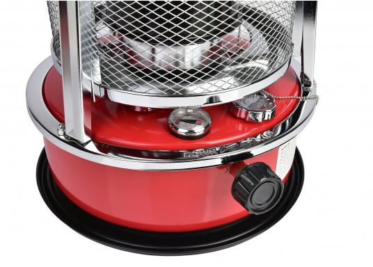 Ce poêle àpétroleapporte chaleur et confort à bord ou dans n'importe quel local. Avec un réservoir de 5litres, l'autonomie est d'environ 17 heures.  (Image 4 de 16)