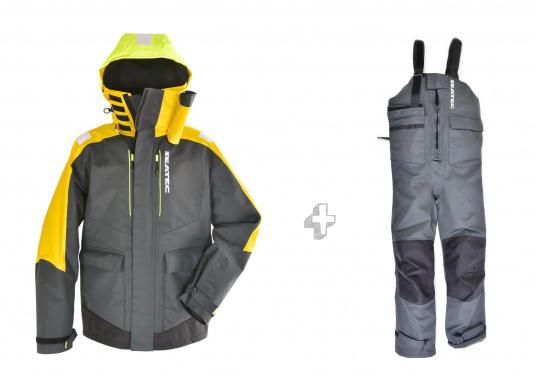 Vêtement très fonctionnel, durable et confortable. 100% imperméable et coupe-vent avec une respirabilité exceptionnelle. Idéal pour les navigations. REMARQUE ! Veuillez préciser votre taille dans les commentaires de votre commande.  (Image 1 de 17)