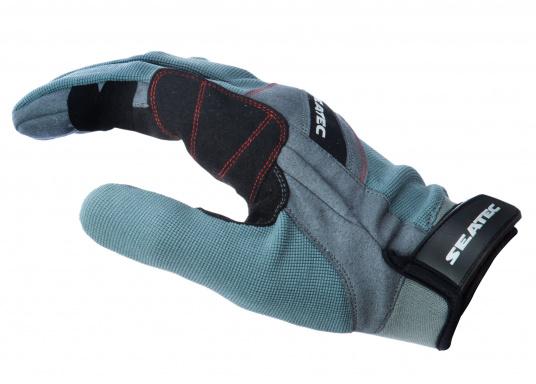 Ces gants sont faits pour affronter les conditions extrêmes. Des doubles renforts aux doigts et aux paumes limitent l'usure. Doigts longs. (Image 2 de 5)