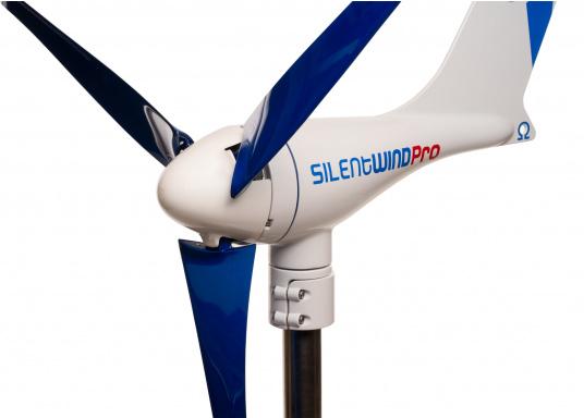 Cette éolienne est conçue par des marins pour des marins. Elle se caractérise par une grande performance, même par vent faible. Tension : 12 V. (Image 1 de 7)