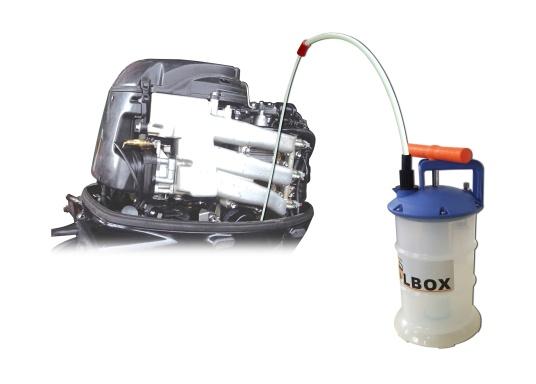 Pompe de vidange universelle, facile à utiliser, pour huiles, eau et autres liquides. Actionnez la pompe en élevant et en abaissant la poignée. En quelques instants, un vide se créé qui aspire le liquide dans le réceptacle de la pompe. Volume : 2,7 l. (Image 5 de 5)