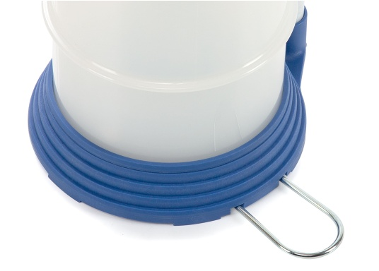 Pompe de vidange universelle, facile à utiliser, pour huiles, eau et autres liquides. Actionnez la pompe en élevant et en abaissant la poignée. En quelques instants, un vide se créé qui aspire le liquide dans le réceptacle de la pompe. Volume : 4,0 l. (Image 6 de 6)