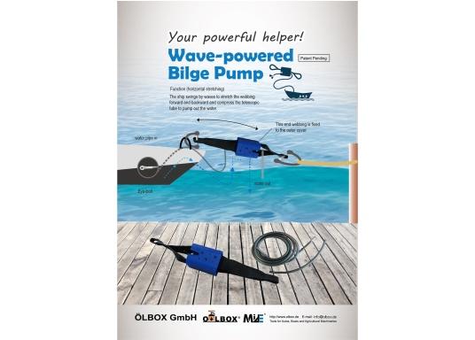 Cette pompe de cale complètement automatique se place entre le bateau et l'amarre. La pompe est actionnée par la traction et le mouvement continu créé par l'eau et le vent. Deux tuyaux fournis. (Image 5 de 5)