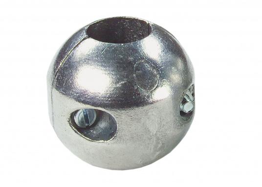 Les anodes noix d'arbre en zinc sont disponibles en plusieurs dimensions. Les anodes sont à remplacer chaque saison au minimum.  (Image 2 de 3)