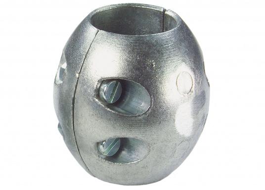 Les anodes noix d'arbre en zinc sont disponibles en plusieurs dimensions. Les anodes sont à remplacer chaque saison au minimum.  (Image 3 de 3)